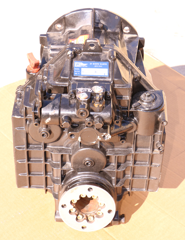 Hurth ZF 630V V-Drive Transmission 1.55:1 Ratio Great Repower Takeout